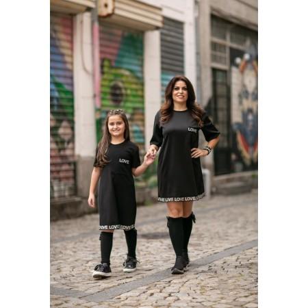 Abito nero (figlia)